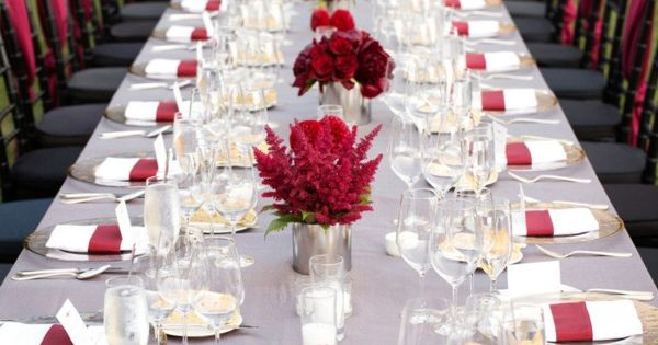red. Wine Country wedding. Wedding Photography: Ken Viale / Wedding Venue: Calistoga