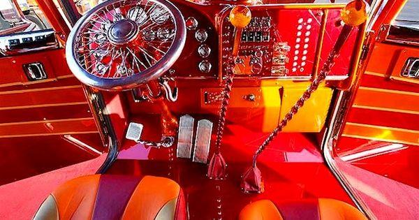 big rig truck interiors 10 best custom big rig interiors the hog ring auto upholstery. Black Bedroom Furniture Sets. Home Design Ideas