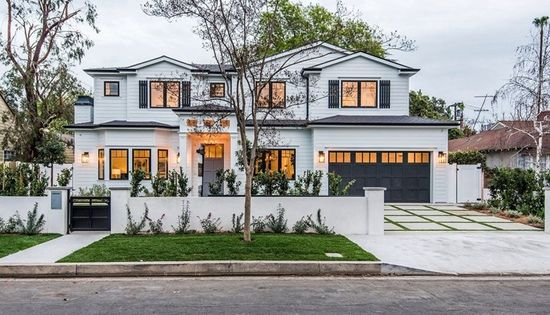 4240 Teesdale Ave Studio City Ca 91604 Mls Sr19043403 Zillow Dream House Exterior Luxury Homes Dream Houses House Exterior