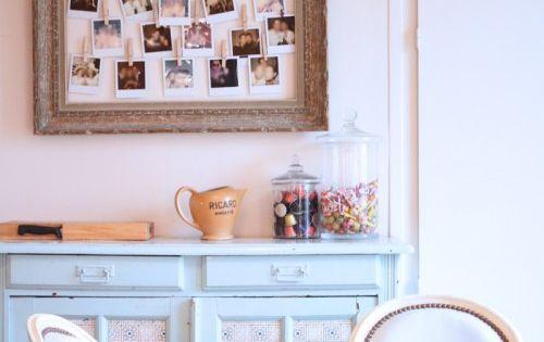 une d co aux couleurs tendres et une super id e pour. Black Bedroom Furniture Sets. Home Design Ideas