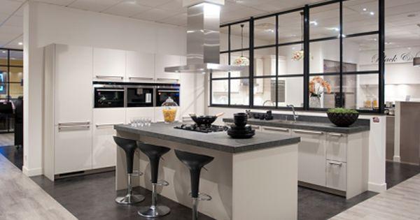 Witte keuken amerikaanse koelkast google zoeken keuken - Model keuken apparatuur fotos ...
