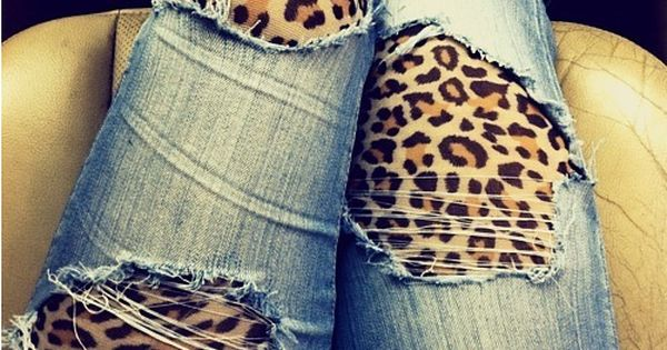 Ripped jeans with leopard print leggins on underneath, cute idea!