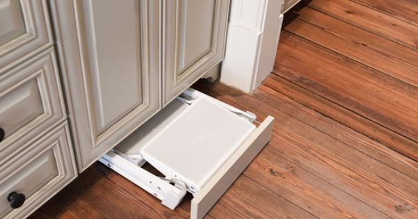 Slide Out Step Stool At Toe Kick Kitchens Pinterest