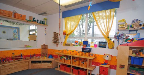 Home daycare room preschool nassau county small class for Craft classes long island
