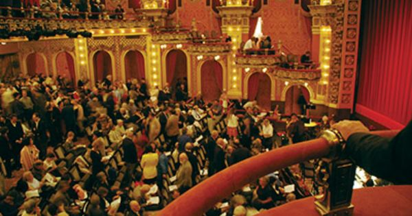 I Want To Sit In A Box Seat At A Live Performance Phantom Of The Opera Would Be Nice To See In One Or The Seque Majestic Theatre Early Music Music