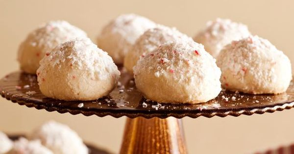 Peppermint Meltaways- a favorite holiday cookie! This recipe is slightly different then