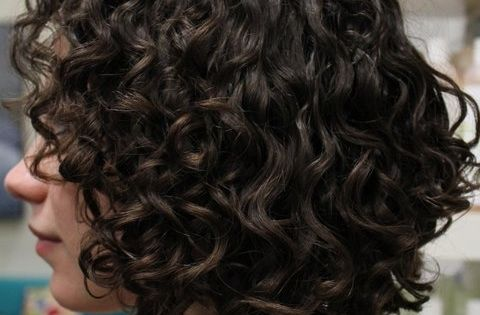 embrace your curls! becurly naturalcurls curlyhair haircuts angle