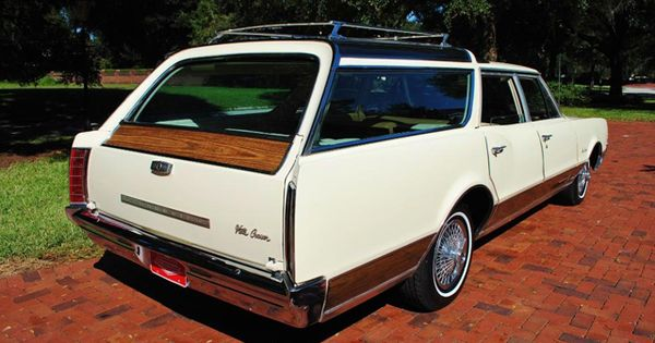 1967 Oldsmobile Vista Cruiser Skyview Windows And A Roof