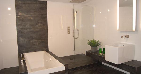 Badezimmer fliesen modern badezimmer tomis media tomis media badezimmer pinterest - Grune bodenfliesen ...
