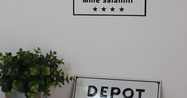 sticker d p t de lingerie fa on vieille plaque maill e de blanchisserie vinyle mat non. Black Bedroom Furniture Sets. Home Design Ideas