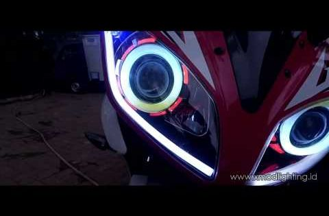 Multi Color Angel Eyes Yamaha R15 Http Www Xmodlighting