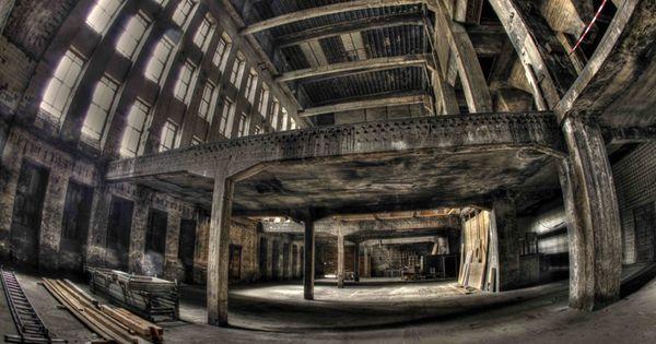 Berghain Darkroom Experience