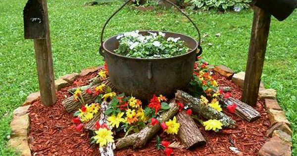 Floral firepit i really think that this idea is too cute for Flower fire pit