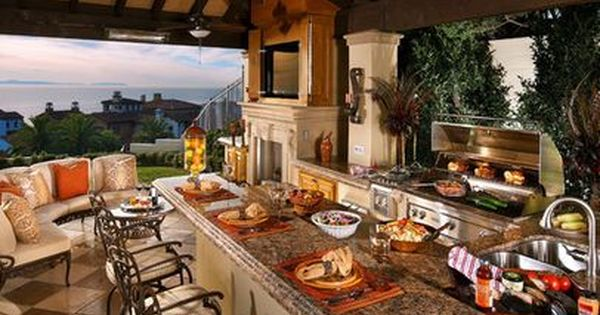 Outdoor Kitchen Design Ideas 25 outdoor kitchen designs that will light up your grill 22 15 Ideas For Highly Functional Traditional Outdoor Kitchens Backyards Inspiration And Heavens