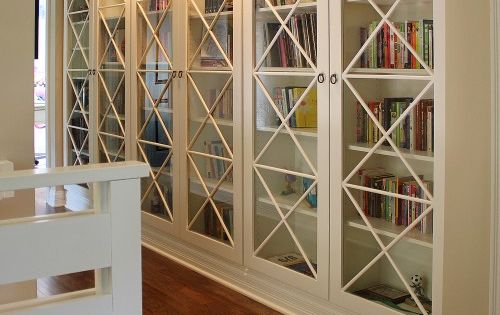 Decorating Bookshelves: 7 Ideas to Make it Interesting | Decorating Files |