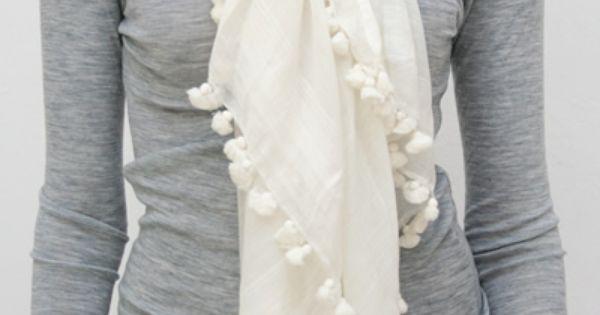 Cute cute scarf!