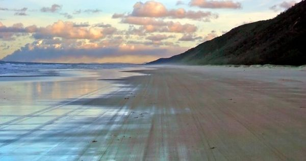 Rainbow Beach Fraser Island Australia, plus other beautiful colored sand beaches