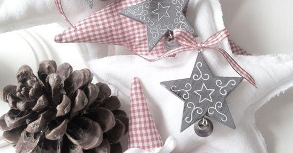 24 ideas para hacer tus propias estrellas tela navidad - Adornos navidenos tela ...