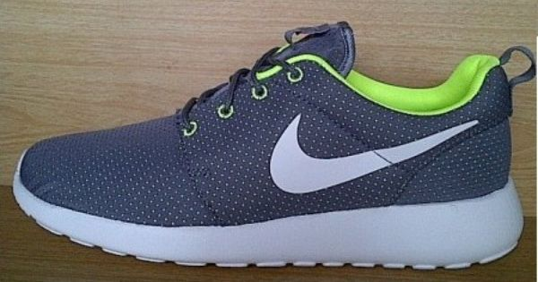 Kode Sepatu Nike Roshe Run Grey White Ukuran Sepatu 44 Harga