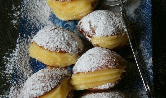 Boules de berlin beignet la cr me p tissi re recettes cocooning pinterest berlin - Recette boule de berlin moelleuse ...