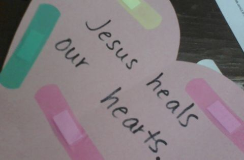 Jesus heals our hearts SundaySchool craft