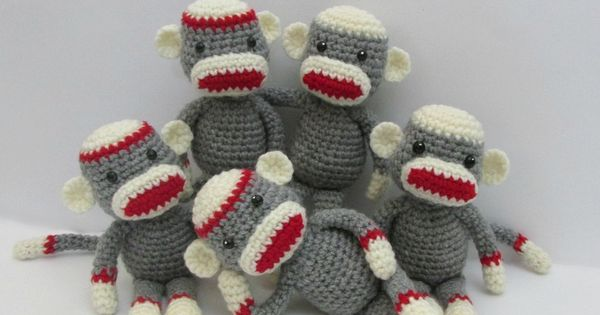 Amigurumi Monkey Patron Gratis : Amigurumi To Go: Crochet Along Amigurumi Sock Monkey ...