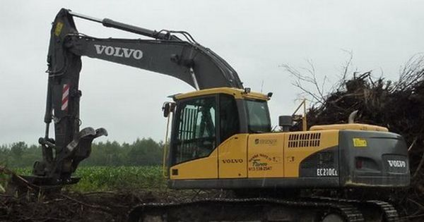 Pin On Excavators
