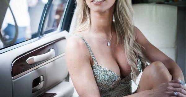Carol Paredes | Beauties, Bimbos and More
