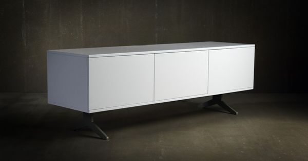 Model 231in White Paint With 3 White Paint Wood Doors On Unnu Base 3 Unnu Model 231