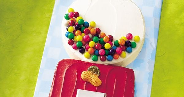 Gum Ball Machine Cake... perfect centerpiece for Erick's bubblegum theme birthday party!