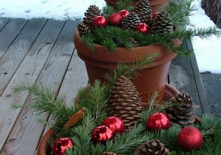 Christmas Decor | Put red ornaments, pinecones, and extra greenery in my