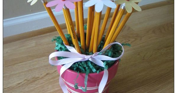 Pencil flowers. Made for teacher appreciation. I had stiff felt and used