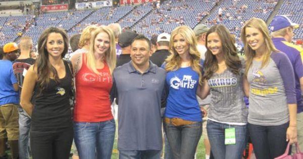#Vikings Game with @FOX Sports Arizona Girls, FOX Sports ... Vans T Shirt For Girls