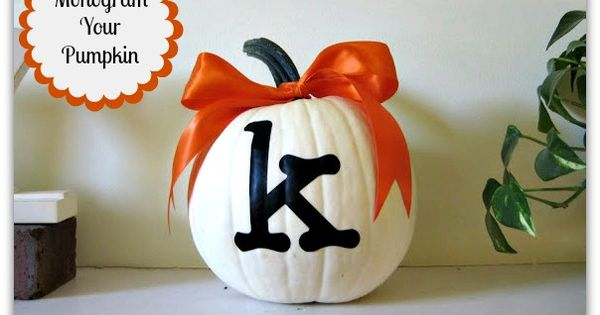 So Cute Monogrammed Pumpkin Craft - Find it at @Jess Pearl Liu
