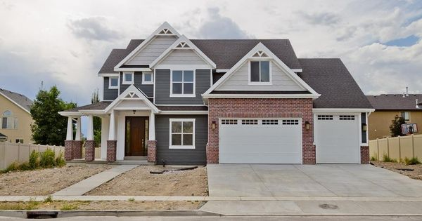 I Love These House Colors Red Brick Gray And Cream