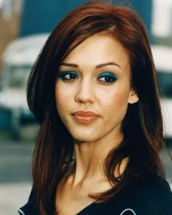 Red Hair For Your Skin Tone Hair Color Auburn Jessica Alba Hair Hair Color Pictures