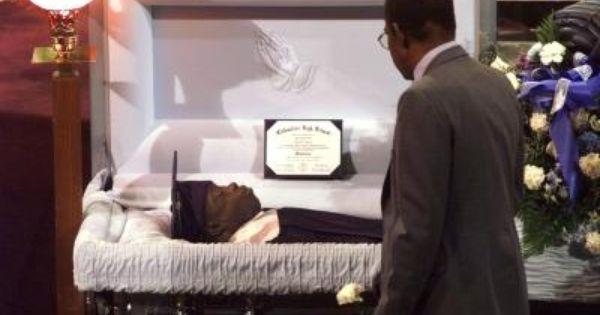 Isaiah Shoels S Funeral 4 29 99 Columbine Columbine