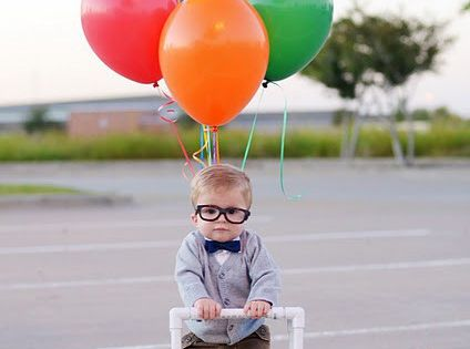 This is such a cute little kid's costume idea. I love Up!