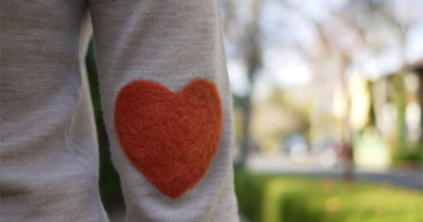 DIY Warm & Fuzzy Needle Felted Heart Elbow Patch : hello Valentines