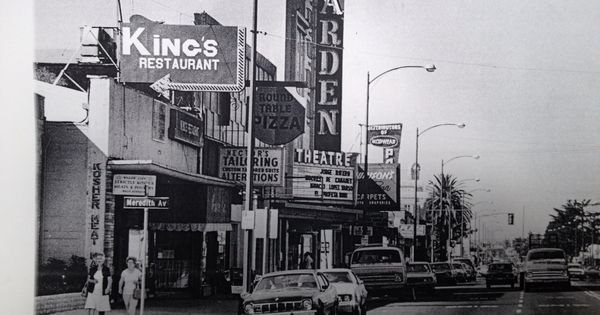 Round Table Pizza Willow Glen Back When My Folks First Purchased It San Jose California California History Downtown