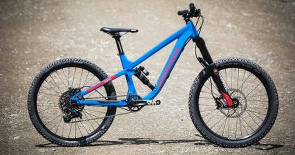 Propain Yuma Neues Kinderfully In 24 Und 26 Zoll Mtb News De Mountainbike 26 Zoll Kinder Mountainbike Mountainbike