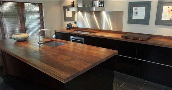 arbeitsplatte-küche-massivholz-elegante-möbel-für-innendekoration