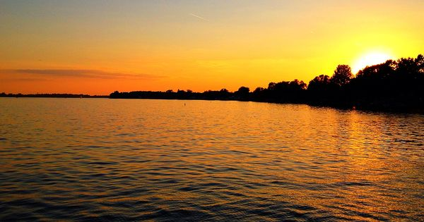 Beautiful sunset on buckeye lake phone photo memories for Buckeye lake fishing