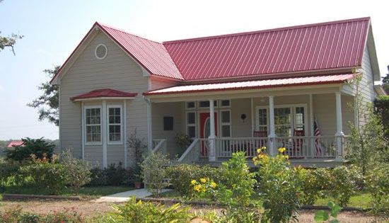 Red metal roof houses red metal roof red roof ranch house painting ideas pinterest - Exterior metal paint colors ideas ...