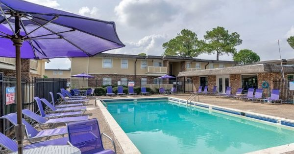 See All Available Apartments For Rent At Tiger Plaza In Baton Rouge La Tiger Plaza Has Rental Units Ranging From 656 1043 Apartment Apartments For Rent Plaza