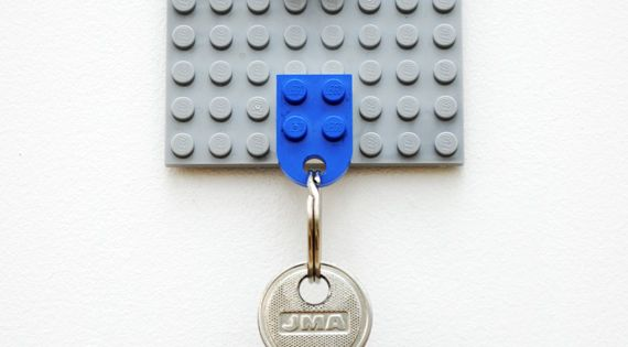 DIY lego keyholder - great idea (Thanks! @Jill Brown )