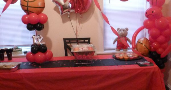 Chicago bulls birthday party chicago bulls balloons for Balloon decoration chicago