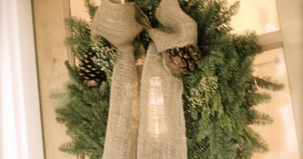 Simple Christmas wreath burlap Minus the pine cones