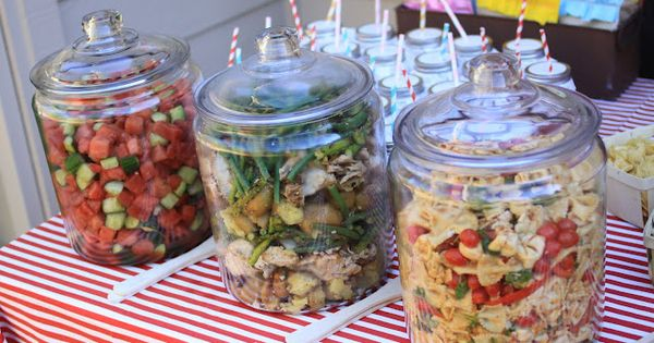 Outdoor party serving ideas