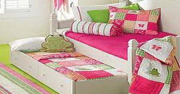 home decorating ideas picture frames - Little Girls Bedrooms